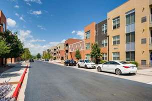 5151 Downtown Littleton Apartments In Littleton Colorado
