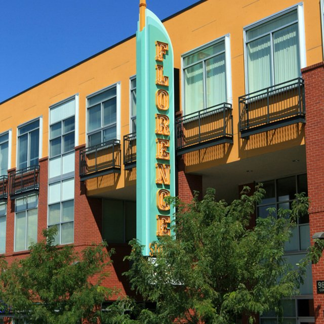 Florence Square Apartments - Florence Square