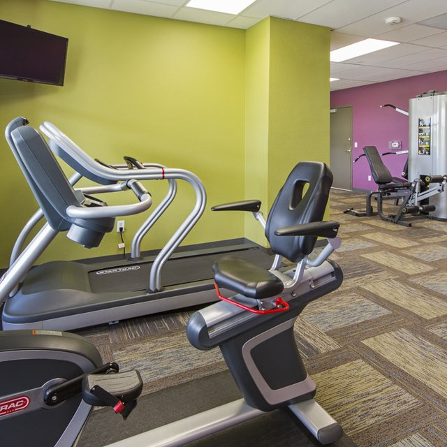 Florence Square Apartments - Fitness Center