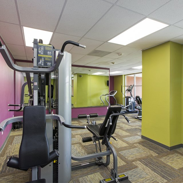 Florence Square Apartments Fitness Center
