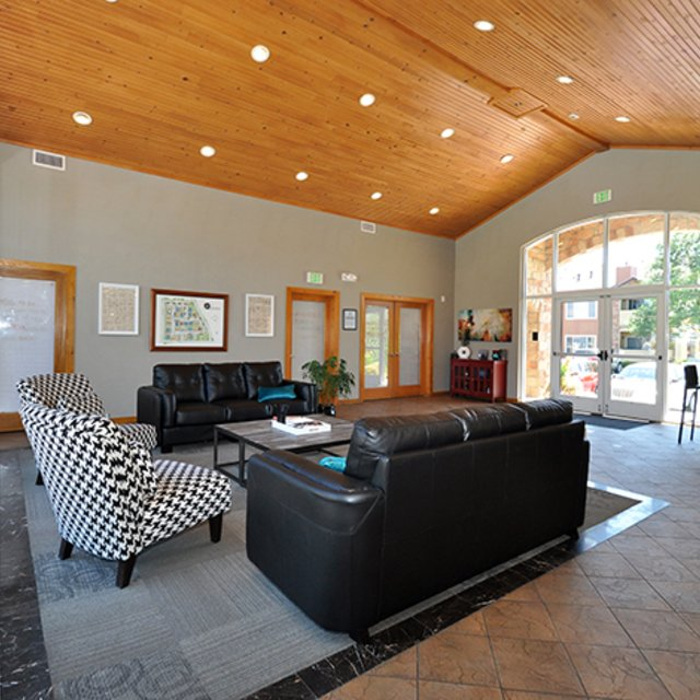 Seasons At Horsetooth Crossing Clubhouse