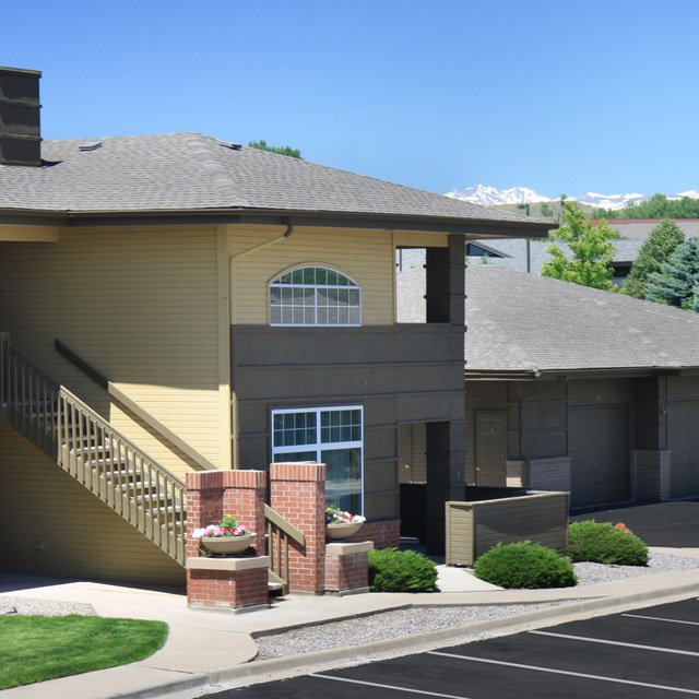 Copper Ridge Apartment Homes Garage
