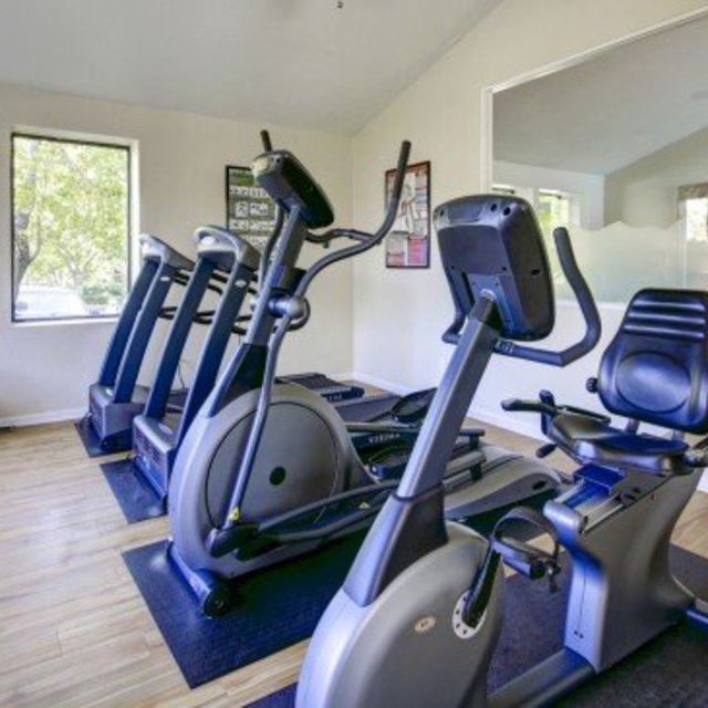 Villas at Holly - Community Fitness Center