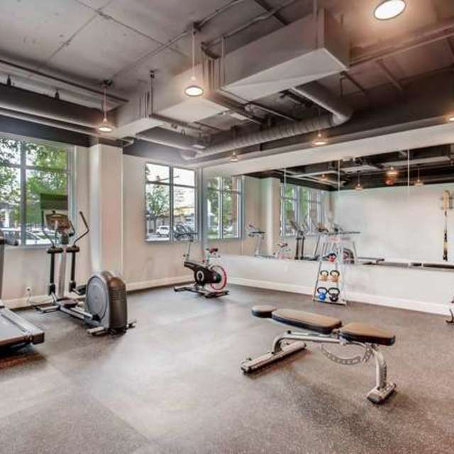 Max Flats - Amenities Fitness Center