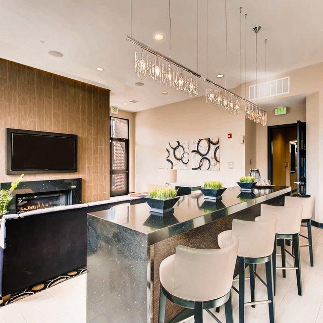 Lone Oak Apartments: Luxury Apartment Denver