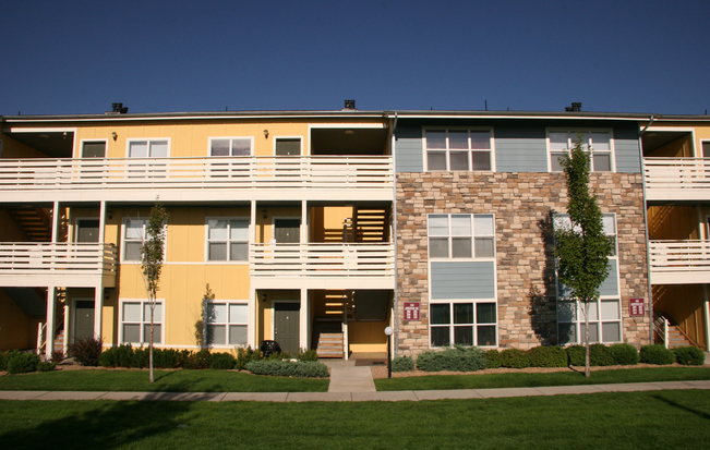 Hughes Station Apartments Exterior Photo