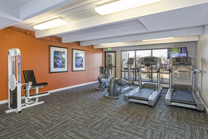 Fitness Center of Monaco South Apartments