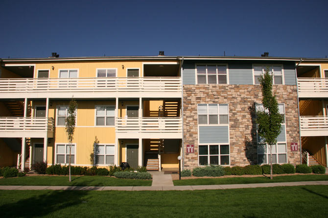 Exterior of Hughes Station Apartments