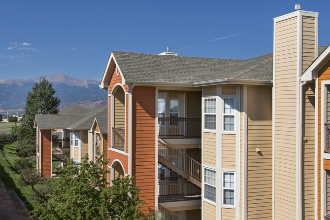 Exterior of The Vineyards Apartments for rent in Colorado Springs