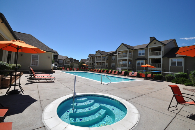 Spa Of  Bellaire Ranch Apartments