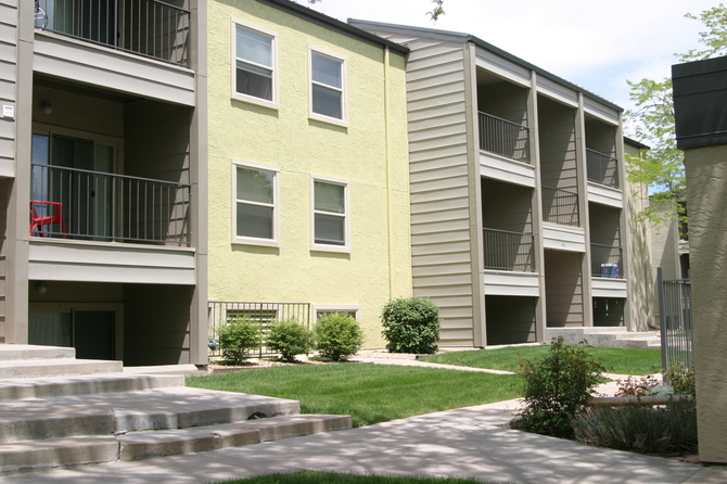 Exterior of Sterling-Heights-Apartments in Greeley CO