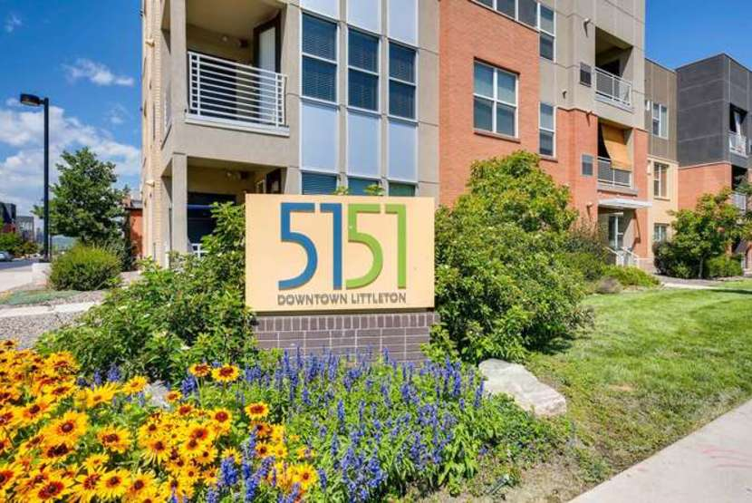 5151 Downtown Littleton Apartments In Colorado