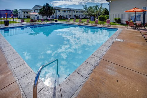 Sunset Peak Apartments Pool