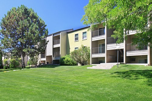 Sterling Heights Apartments - Exterior