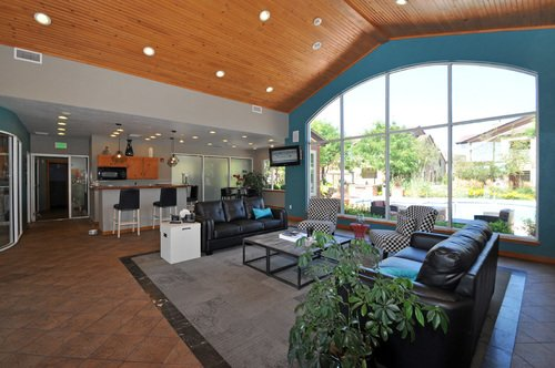 The Seasons At Horsetooth Crossing Apartment Clubhouse