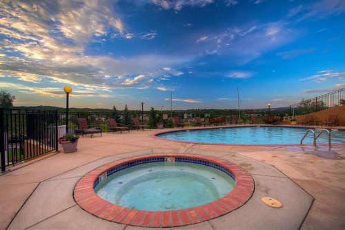 Whispering Hills - Community Spa & Pool