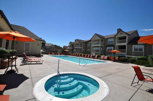Bellaire Ranch Apartments Pool