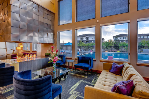 Terra Vida - Clubhouse lounging area